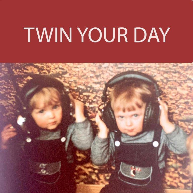 Twin your day Cover